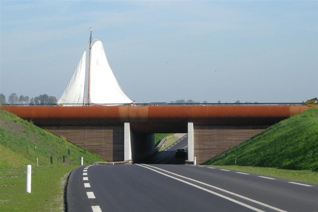 [奇观] 水往高处流:看荷兰跨越公路的河(28P) - 路人@行者 - 路人@行者