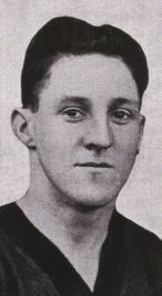 1926 Premiership Player Jimmy Davidson Played 137 Matches For Melbourne