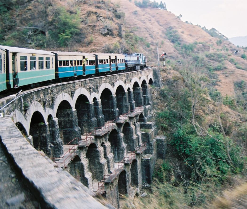 Najlepša putovanja vozom KSR_Train_on_a_big_bridge_05-02-12_71