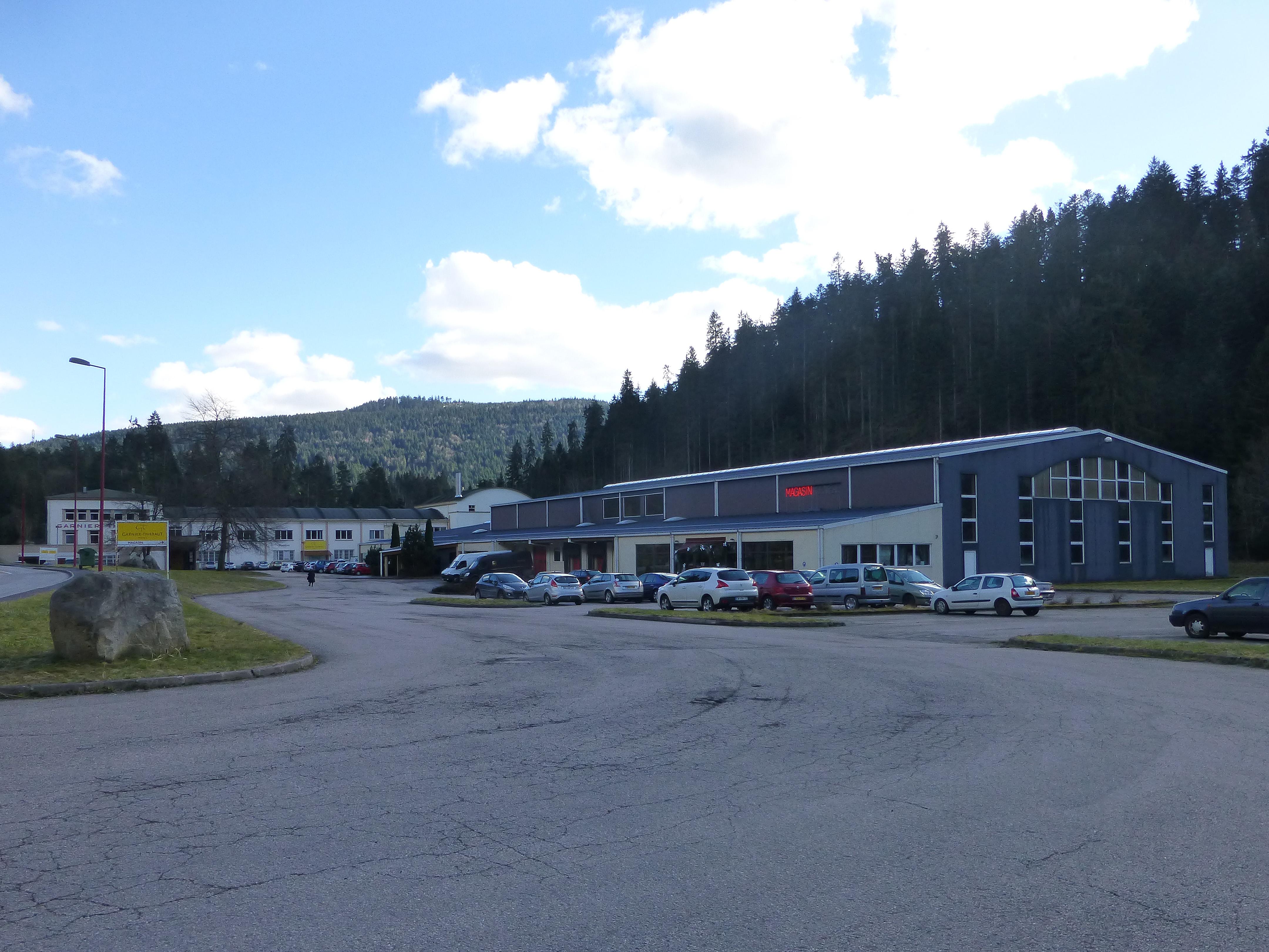 File kichompr usine et magasin garnier thi baut 2 jpg wikimedia commons - Garnier thiebaut gerardmer ...