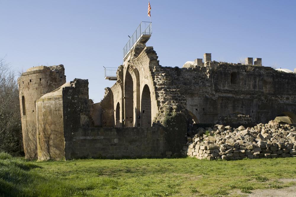 La Baronia de Rialb, Monasteri de Santa Maria de Gualter. La Noguera. Montsec de Rúbies i Sant Mamet. Fotografia de Pol Mayer
