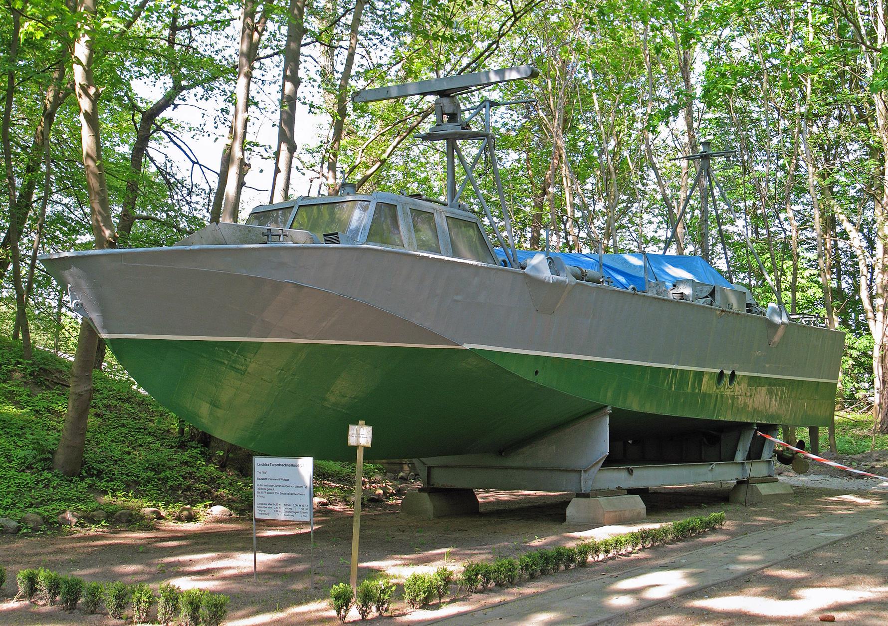Qu'est devenue la marine Est-allemande? Leichtes_Torpedoschnellboot_%28LTS%29_Typ_Iltis