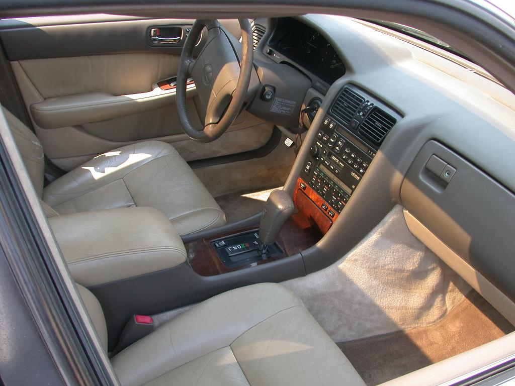 File Lexus Ls400 Interior Front Jpg Wikimedia Commons