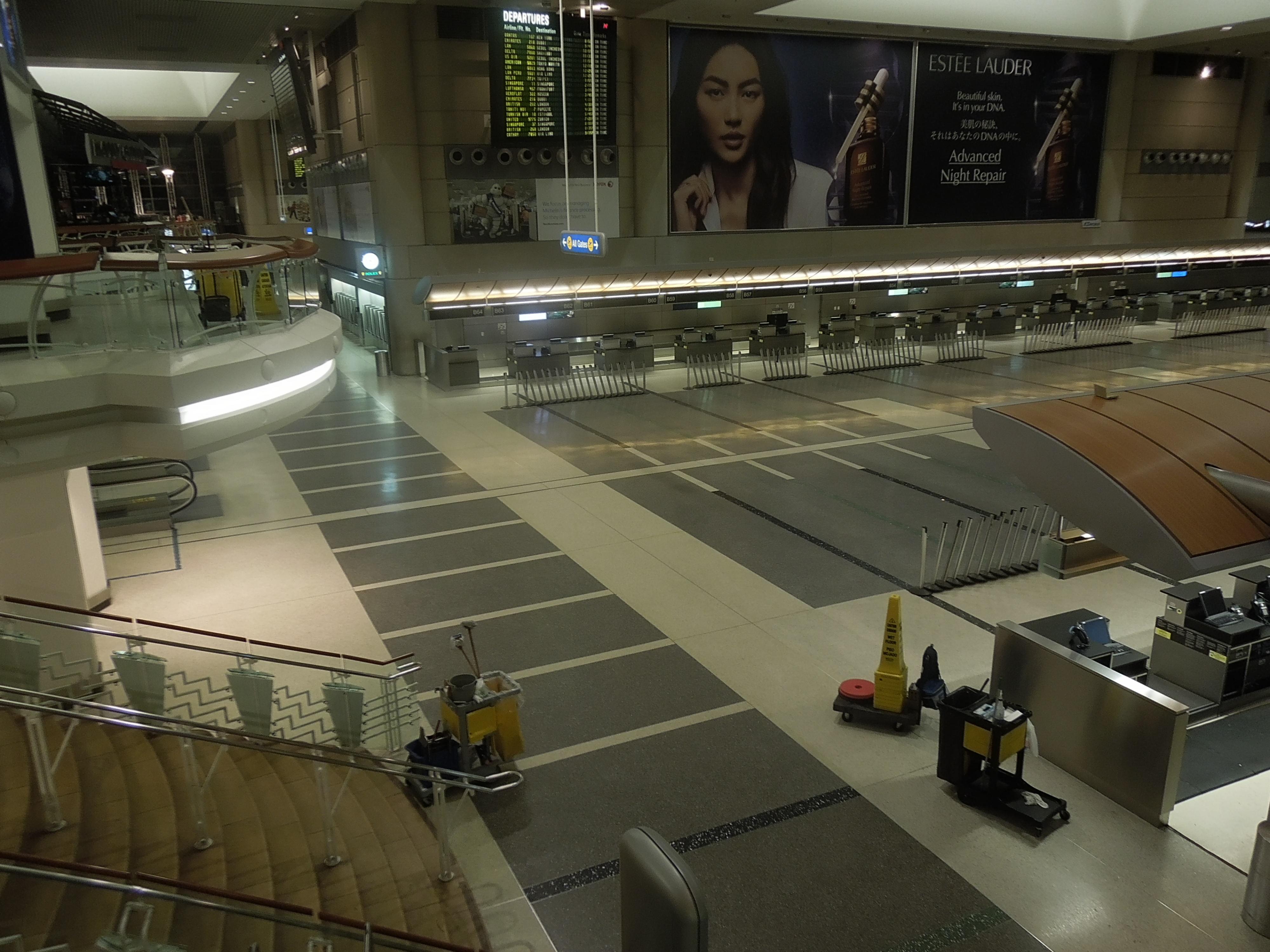 File Los Angeles International Airport Empty International Terminal 2 JPG