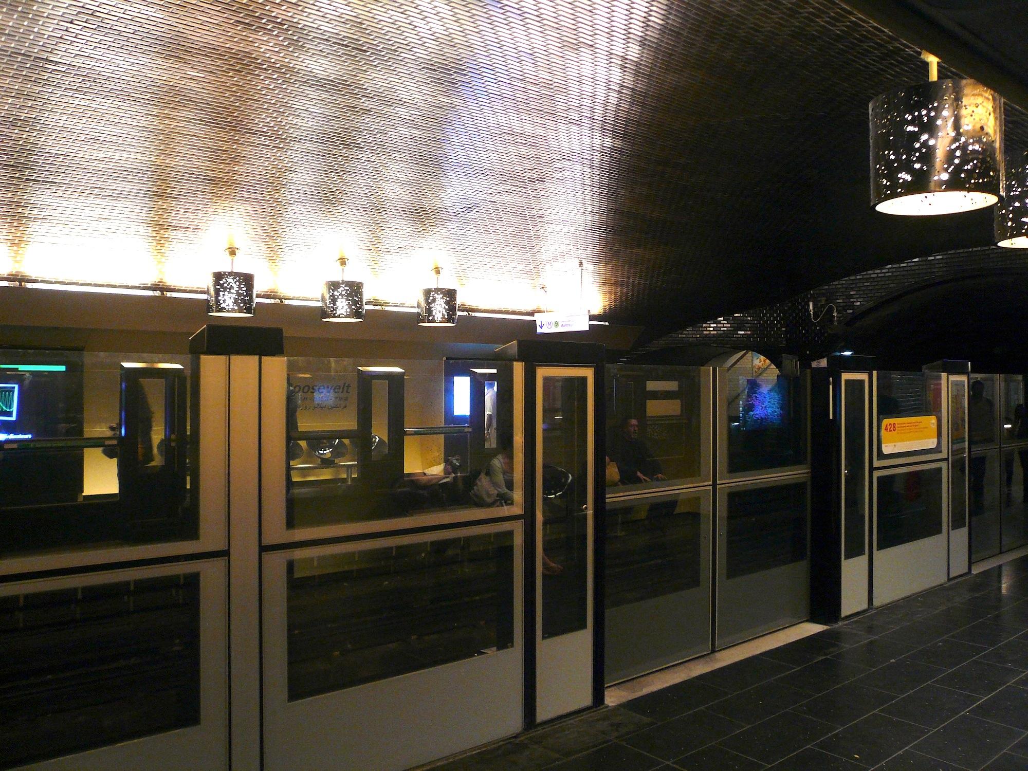 Les Portes Palières LignesTransports - Portes palières