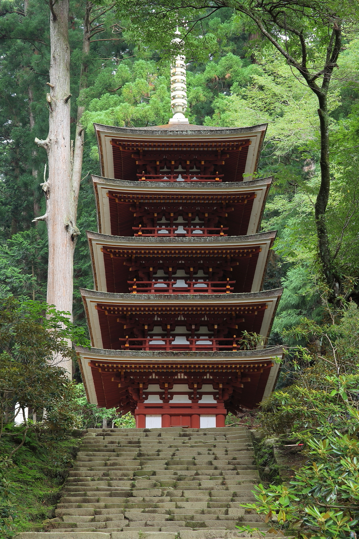 Muro-ji Temple Five-storied Pagoda01 2013.jpg