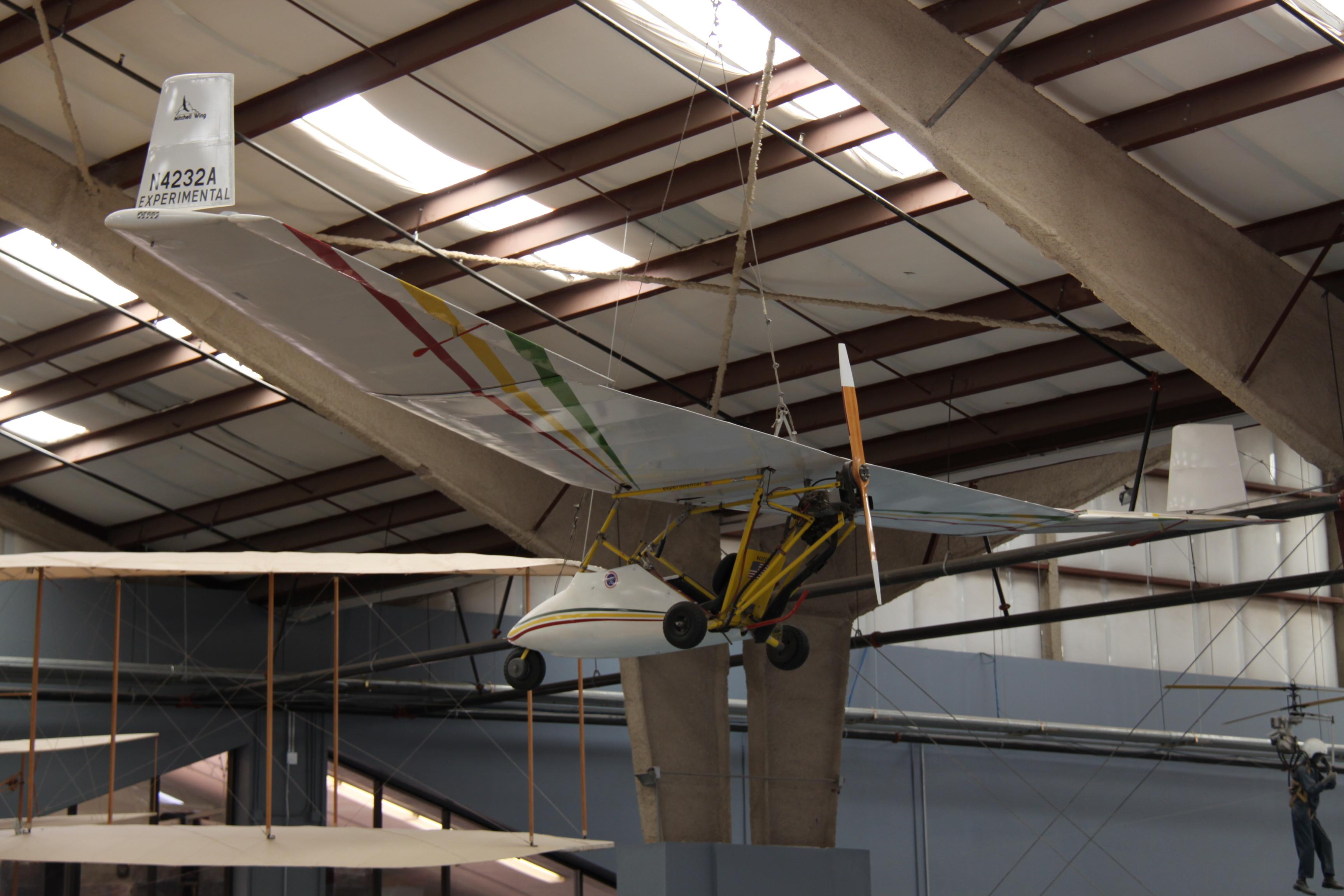 Mitchell Wing B-10 - Wikipedia