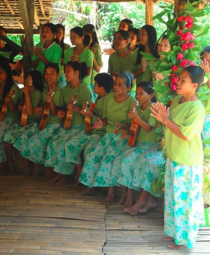 Loboc Philippines  City new picture : Описание Native dance in Loboc, Bohol, Philippines