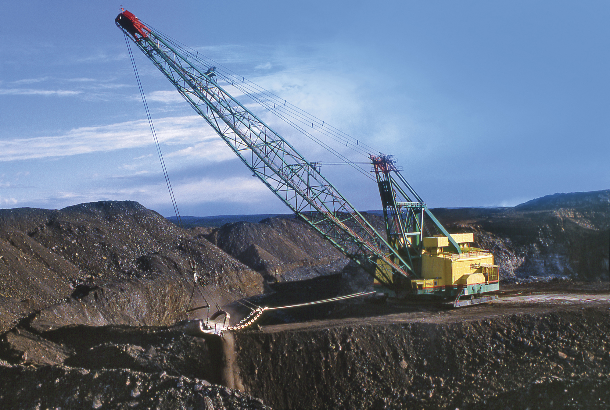 the state of world mining equipment Cat's fleet of autonomous mine trucks is about triple through the expansion of a deal with one of the world's largest equipment world.