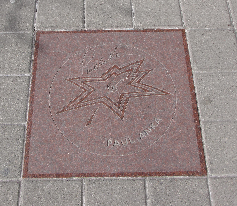 Estrella de Paul Anka en el Paseo de la Fama del Canadá.