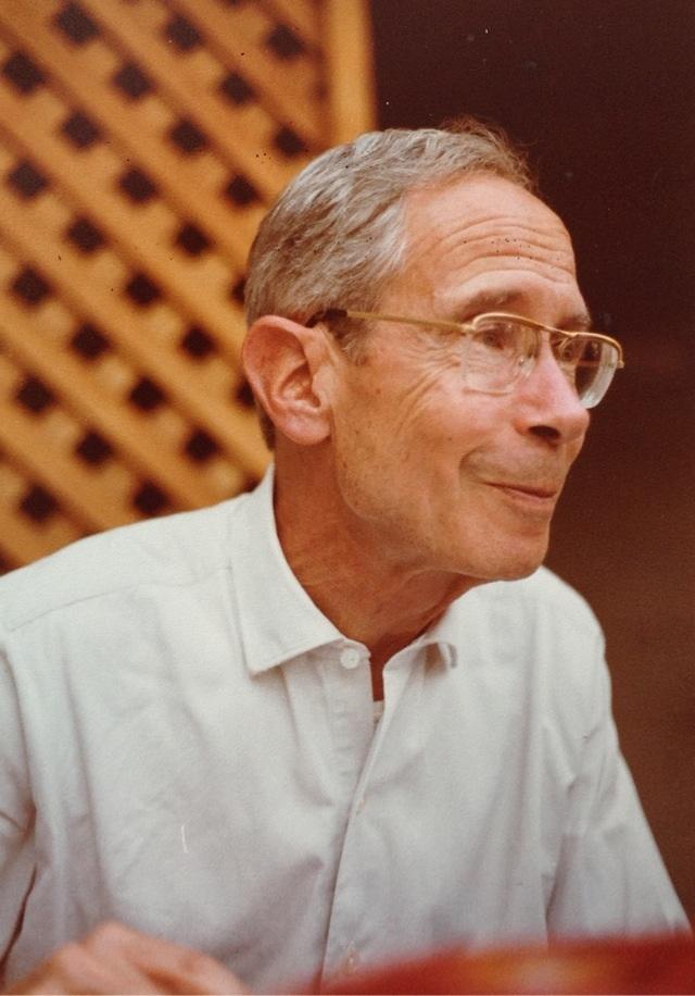 Photo de Pierre Segond prise en 1982 à Fribourg lors d'une visite d'orgue de la classe d'orgue du Conservatoire de Genève, Laurentjouvet, cliquer pour voir l'original