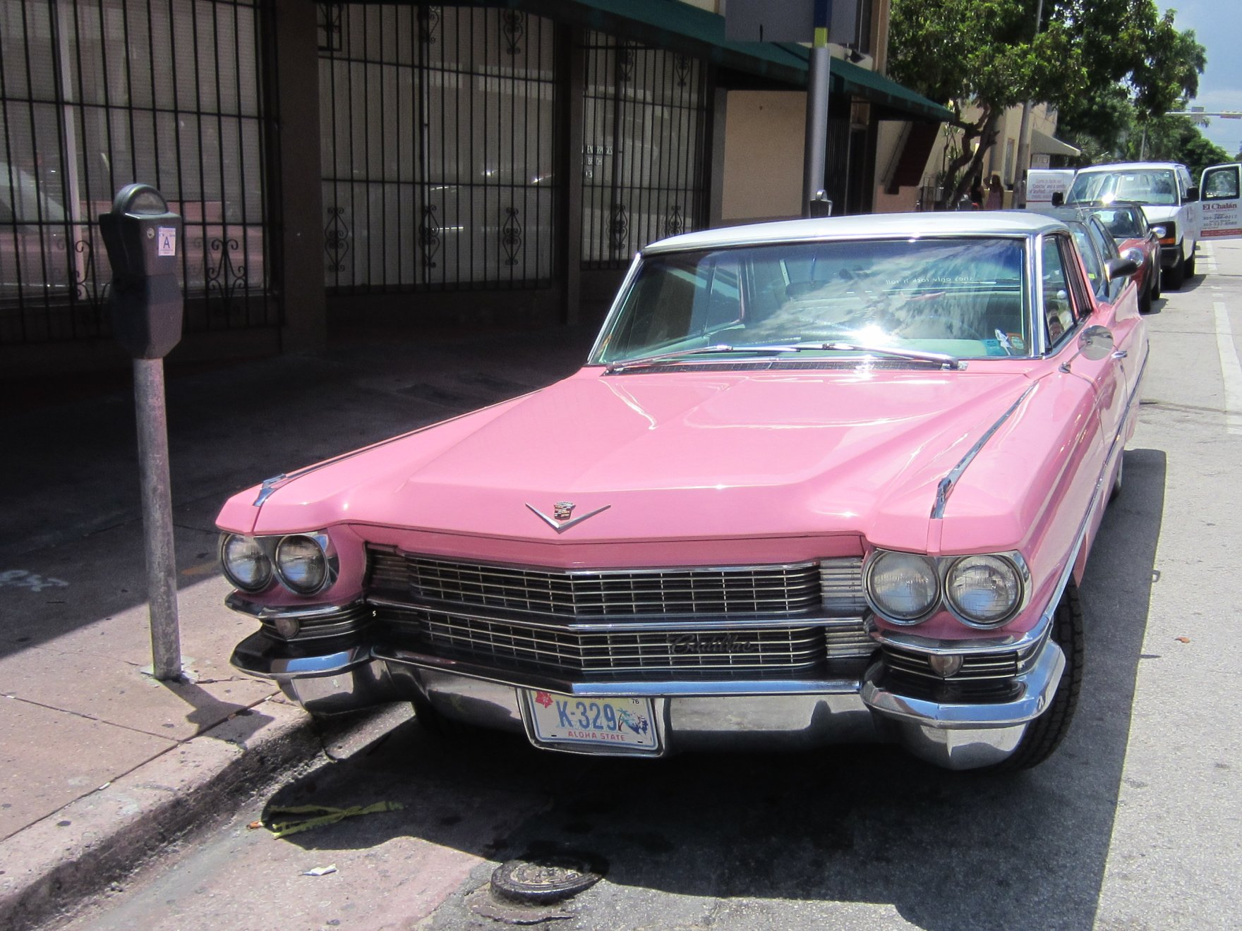 Pink Cadillac Car Hire Ireland