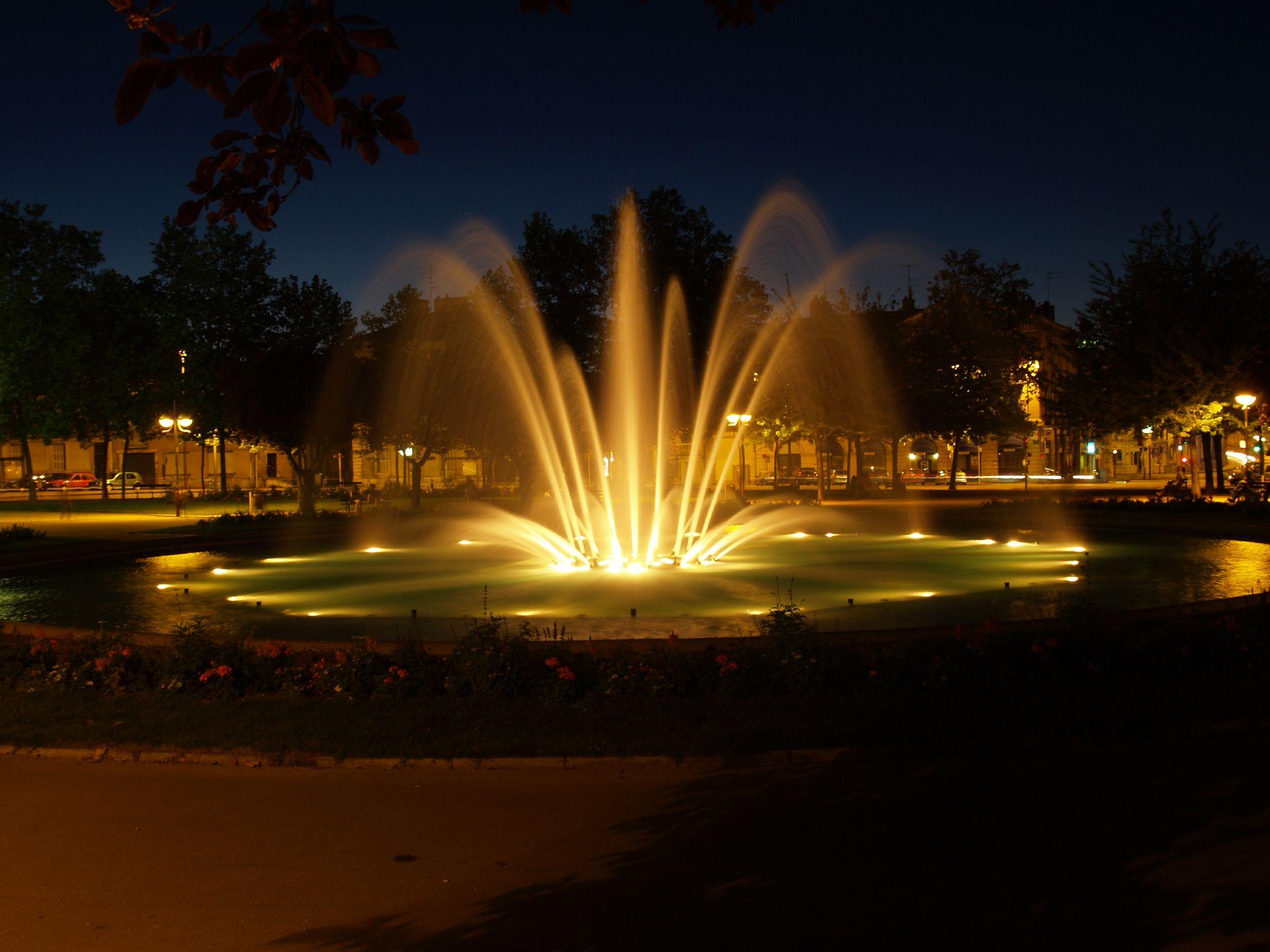 night place dijon wilson commons wikimedia