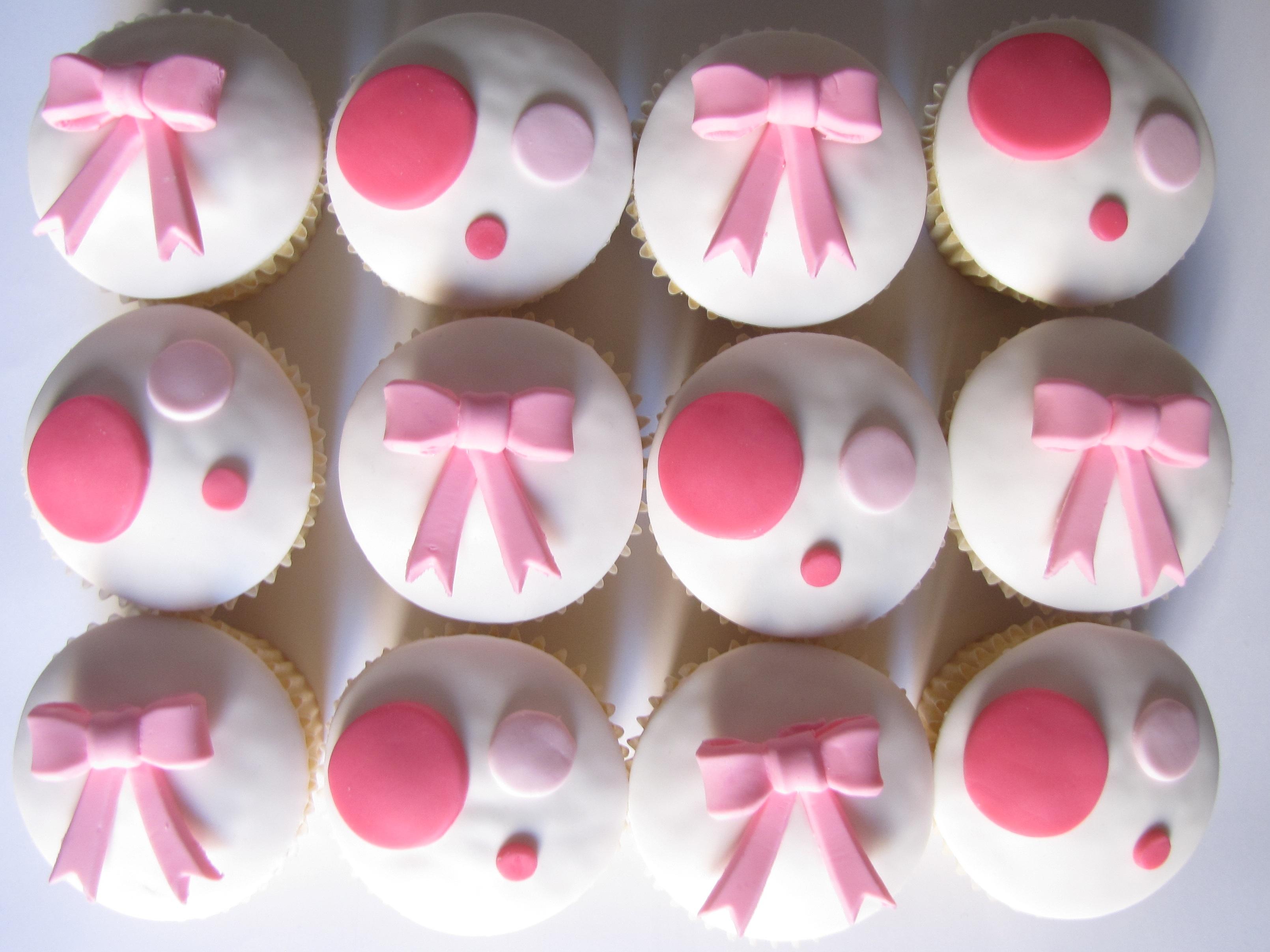Dots Cake Pops