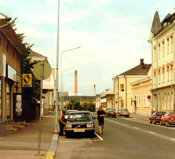 File:Pori, town street..jpg