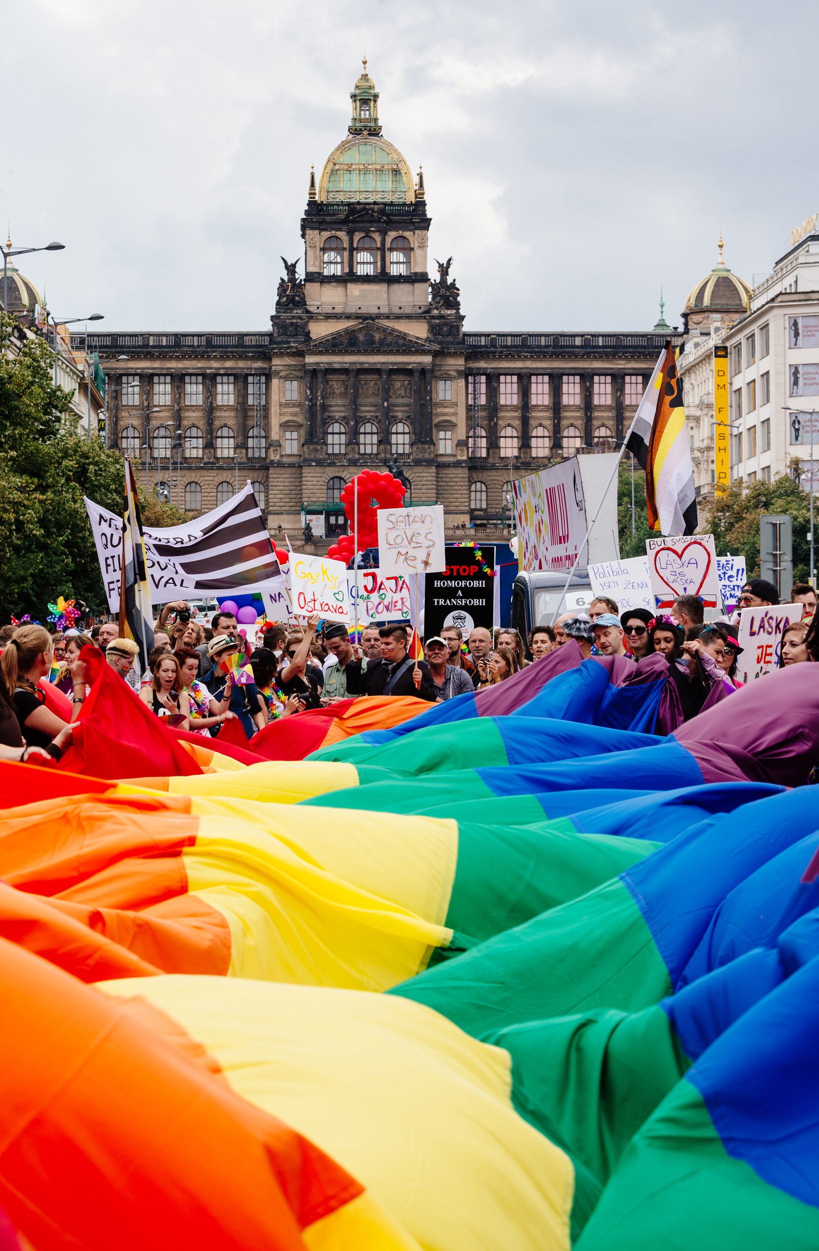 Prague_Pride_2014_V%C3%A1clavsk%C3%A9_n%C3%A1m%C4%9Bst%C3%AD_%282%29 The History of Homosexuality: Gay Pride