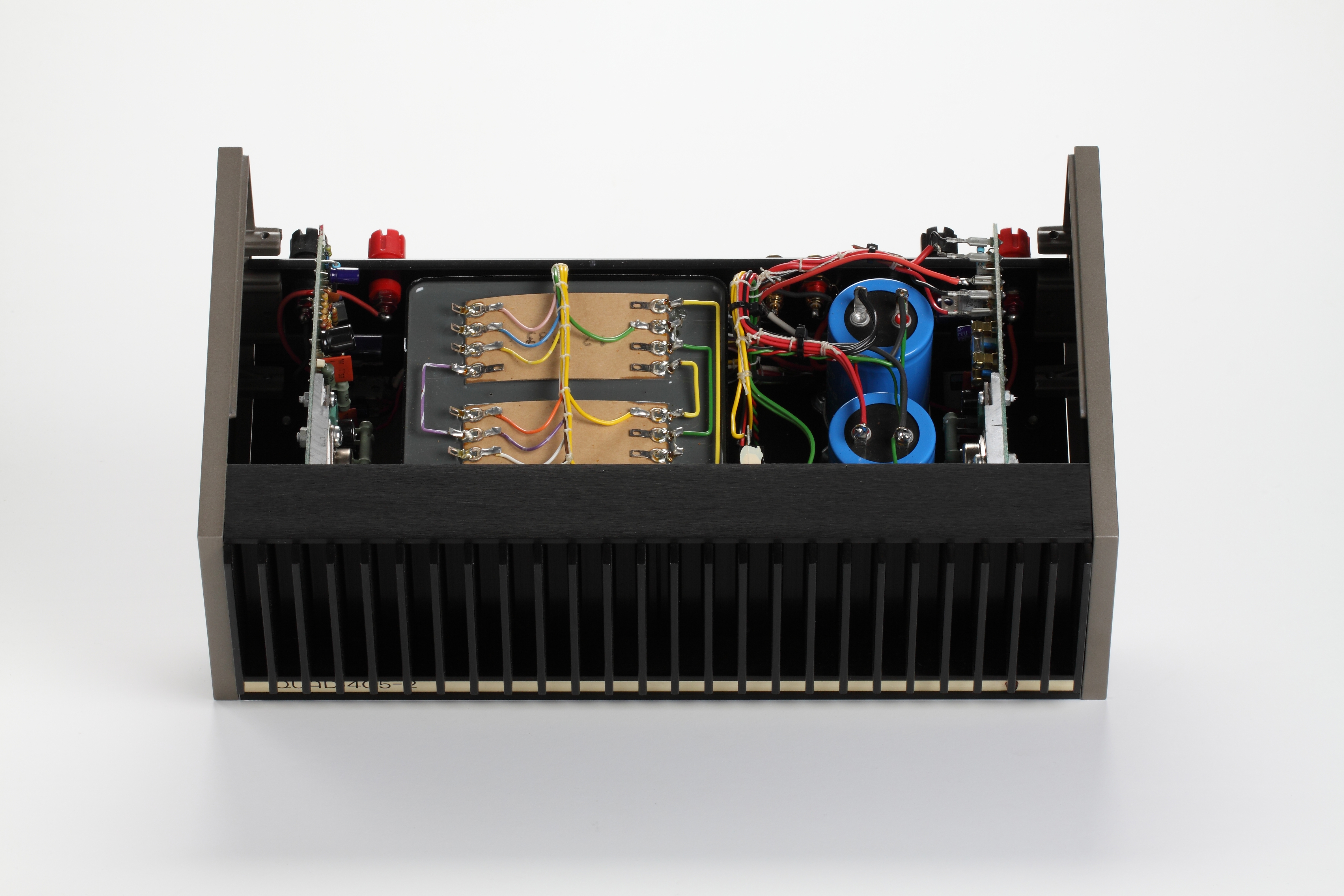 File:Quad-405 Endverstärker jpg - Wikimedia Commons