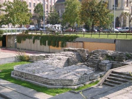 Contra Aquincum