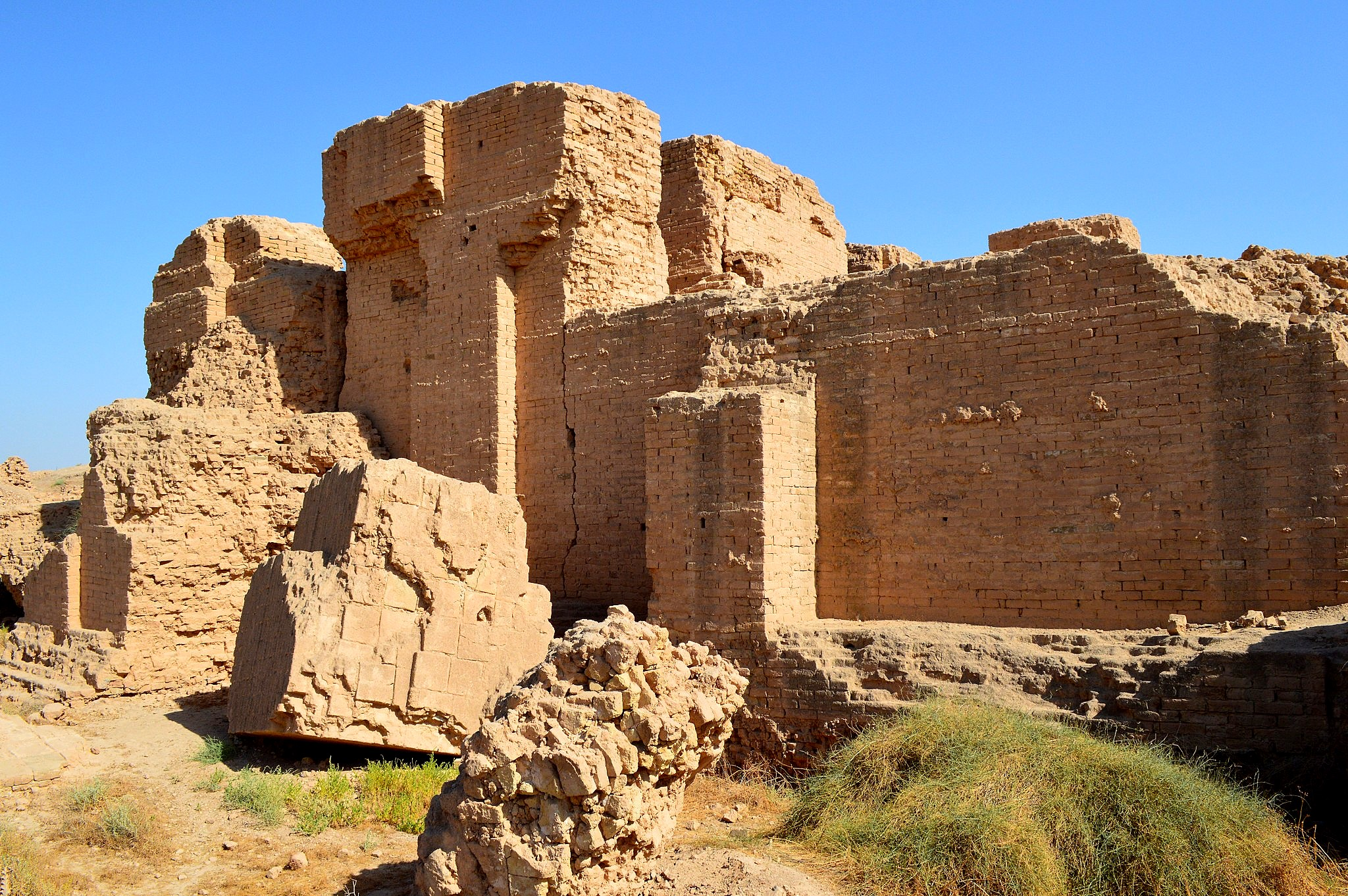 File:Ruins of the so-called North Palace of king ...