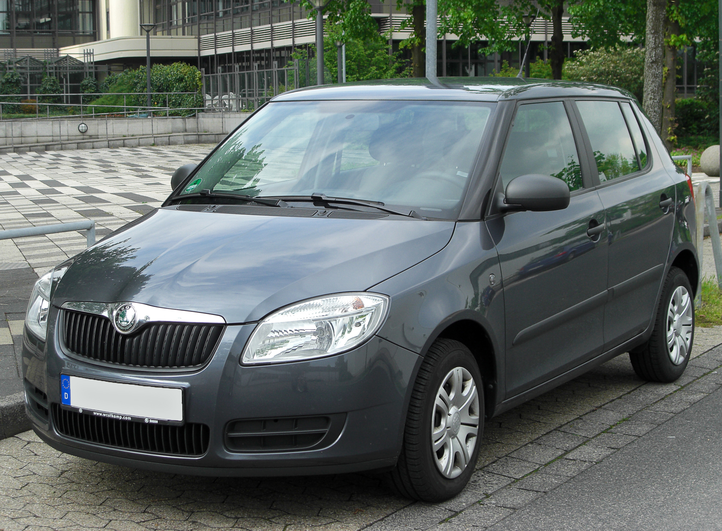 file skoda fabia ii front wikimedia commons. Black Bedroom Furniture Sets. Home Design Ideas