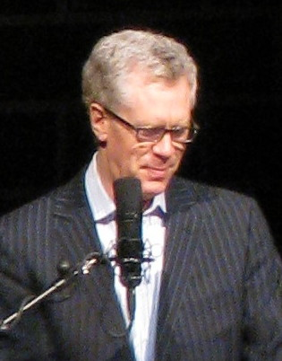 McLean on stage at the [[Centennial Concert Hall]] in 2008