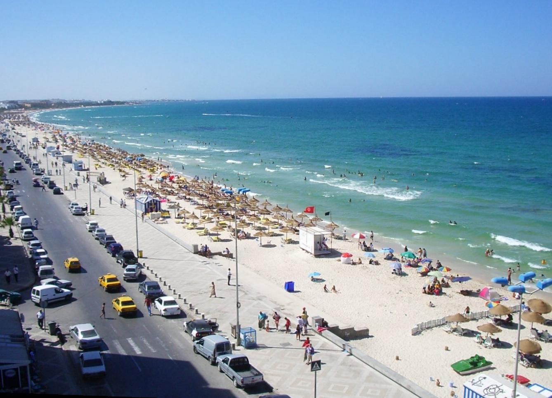 التعريف بتونس كبلد سياحي المعلومات Sussaplatja1.jpg