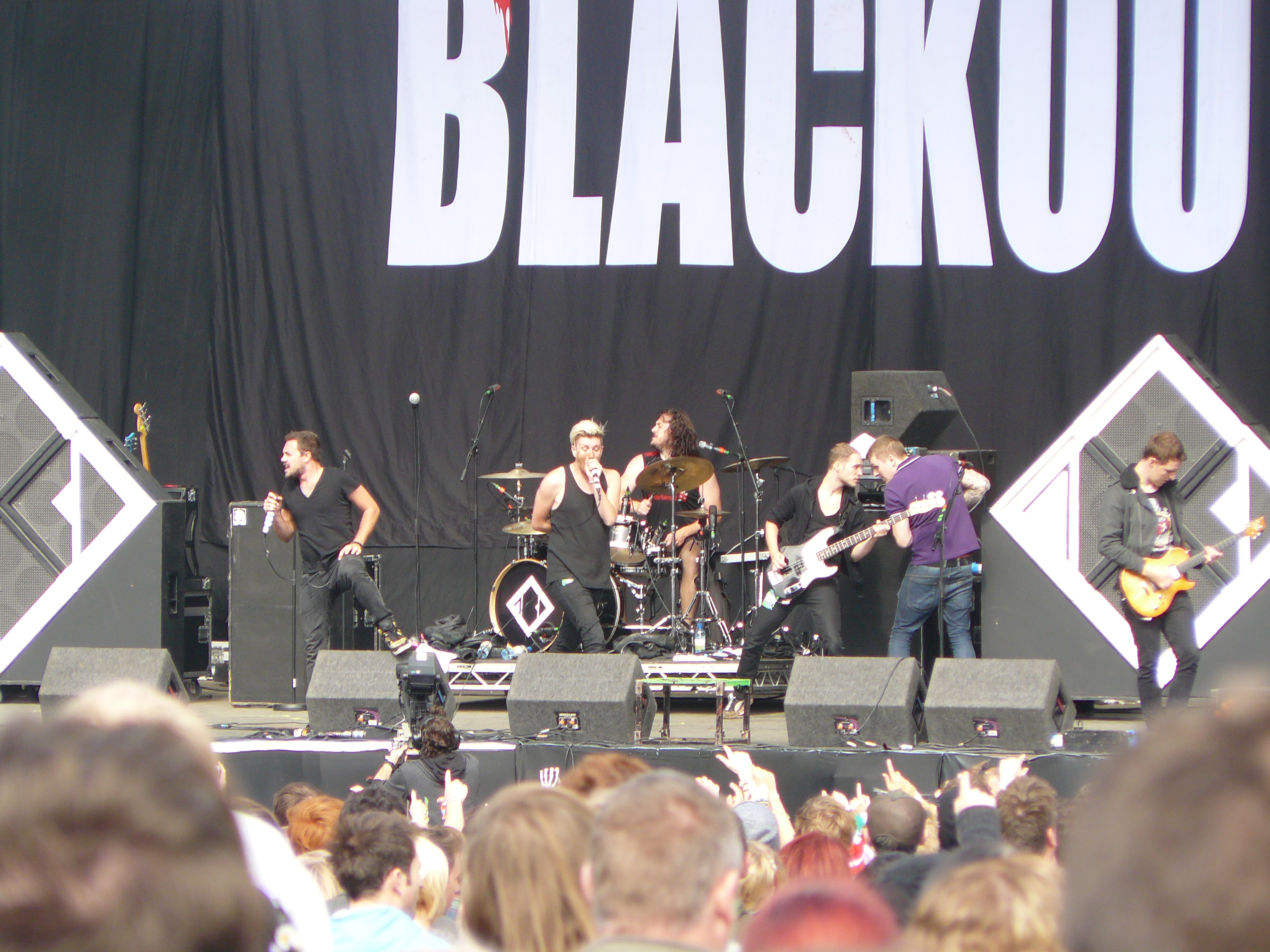 Picture of a band or musician: Blackout