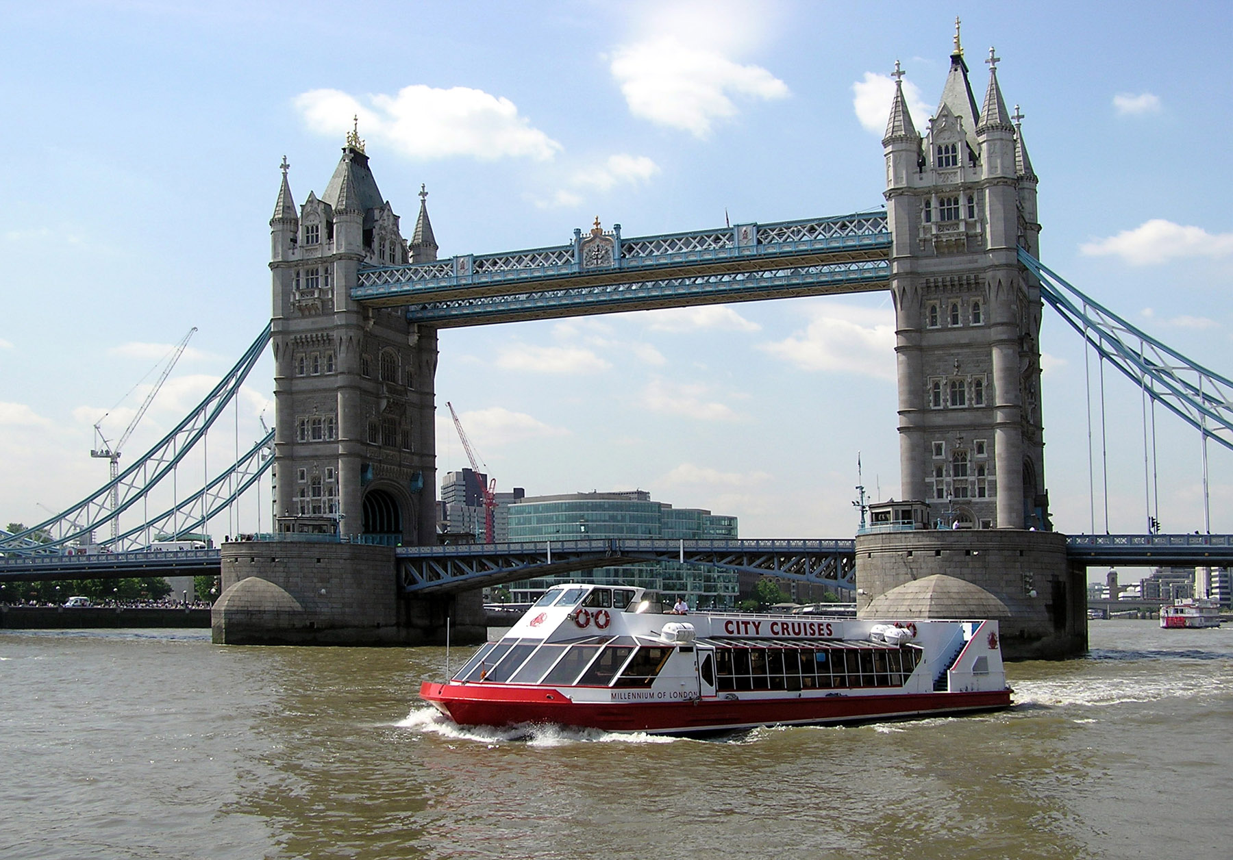 Tower.bridge.2.fromonriver.london.arp.jpg