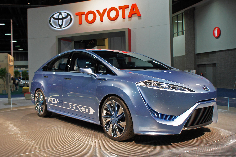 File:Toyota FCV-R Concept WAS 2012 0630.JPG - Wikimedia ...