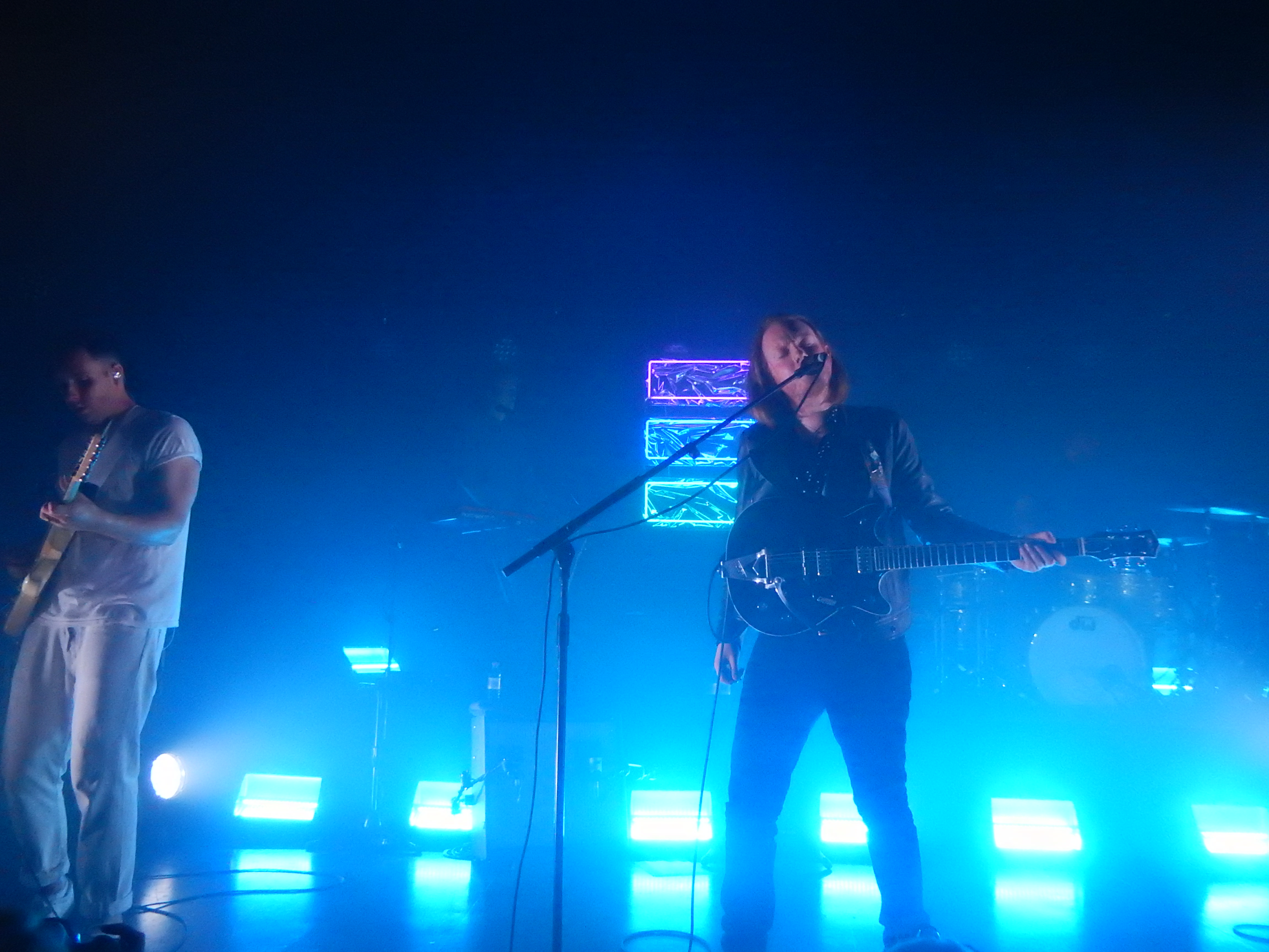 File:Two Door Cinema Club, Tufnell Park Dome, London (29312606633
