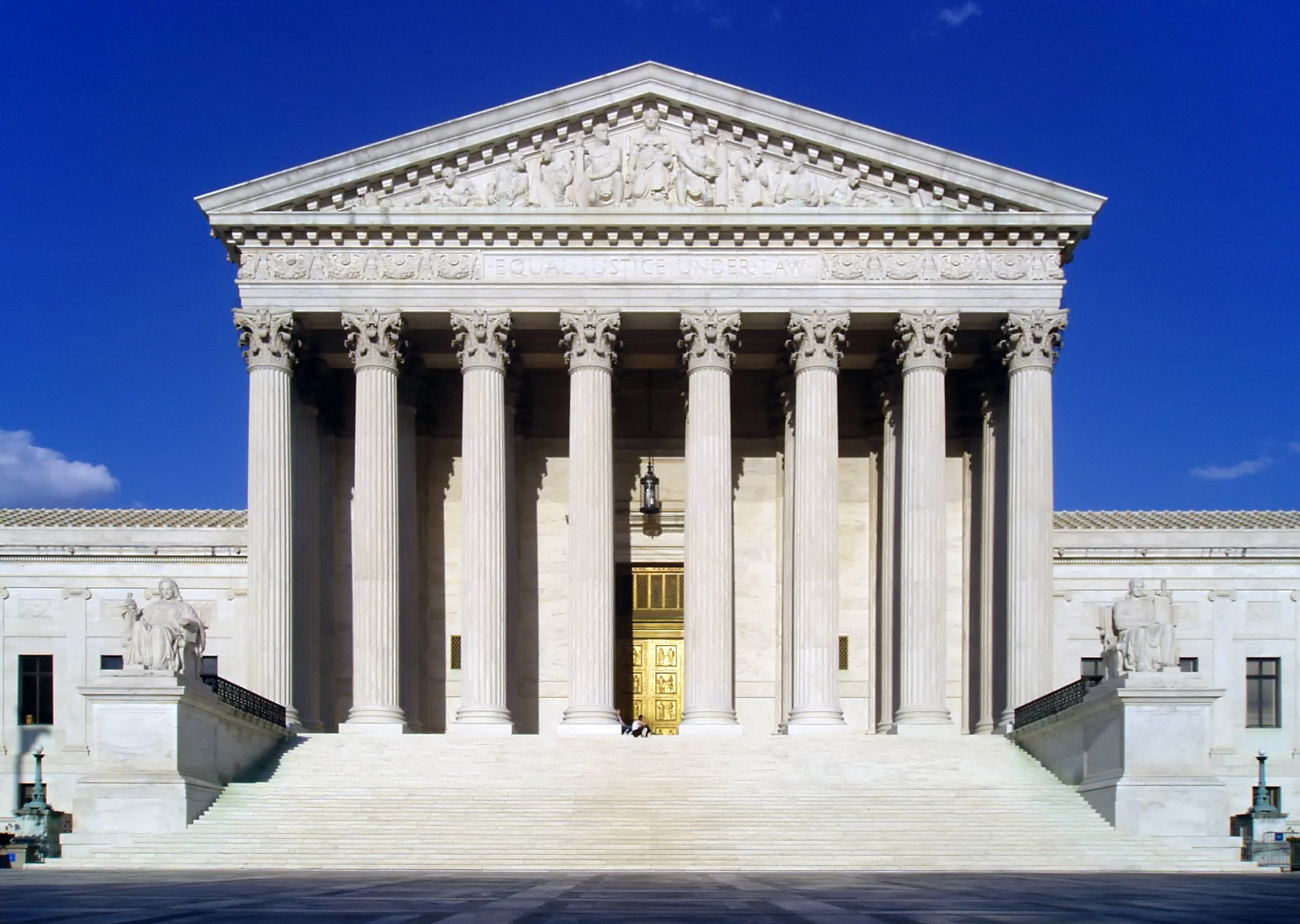 the many issues surrounding the supreme court in the united states