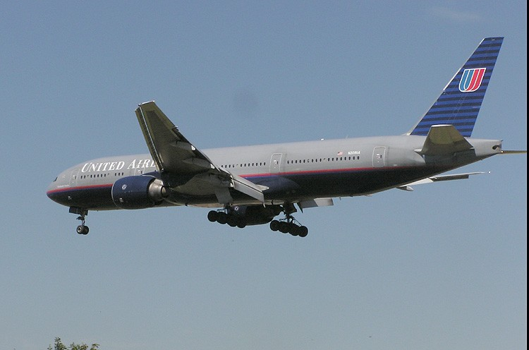 File:United.b777.arp.750pix.jpg