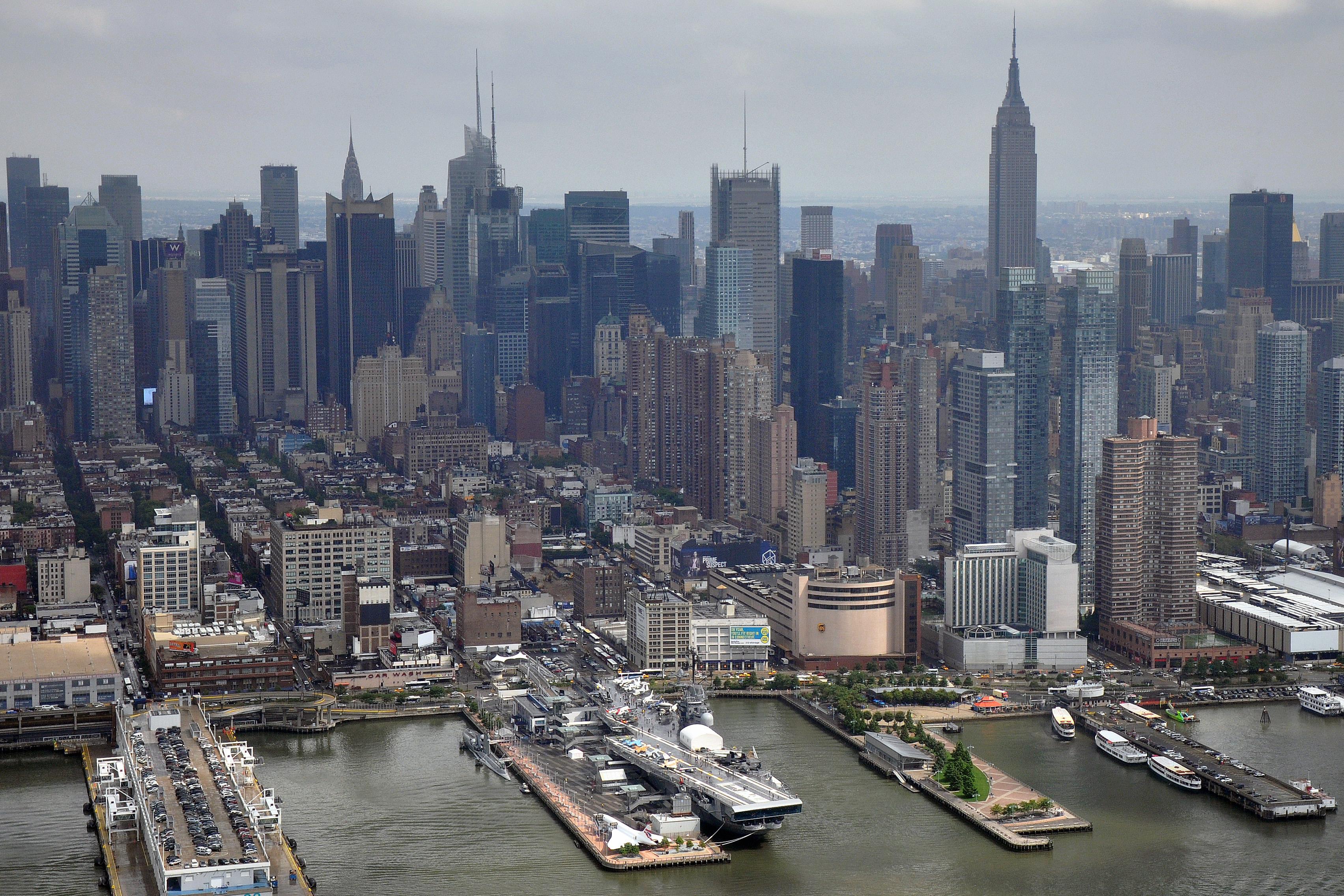 Risultati immagini per porto di new york