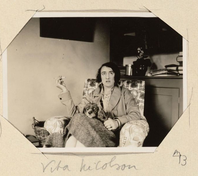 Virginia Woolf A Room Of One S Own Chapter Summary
