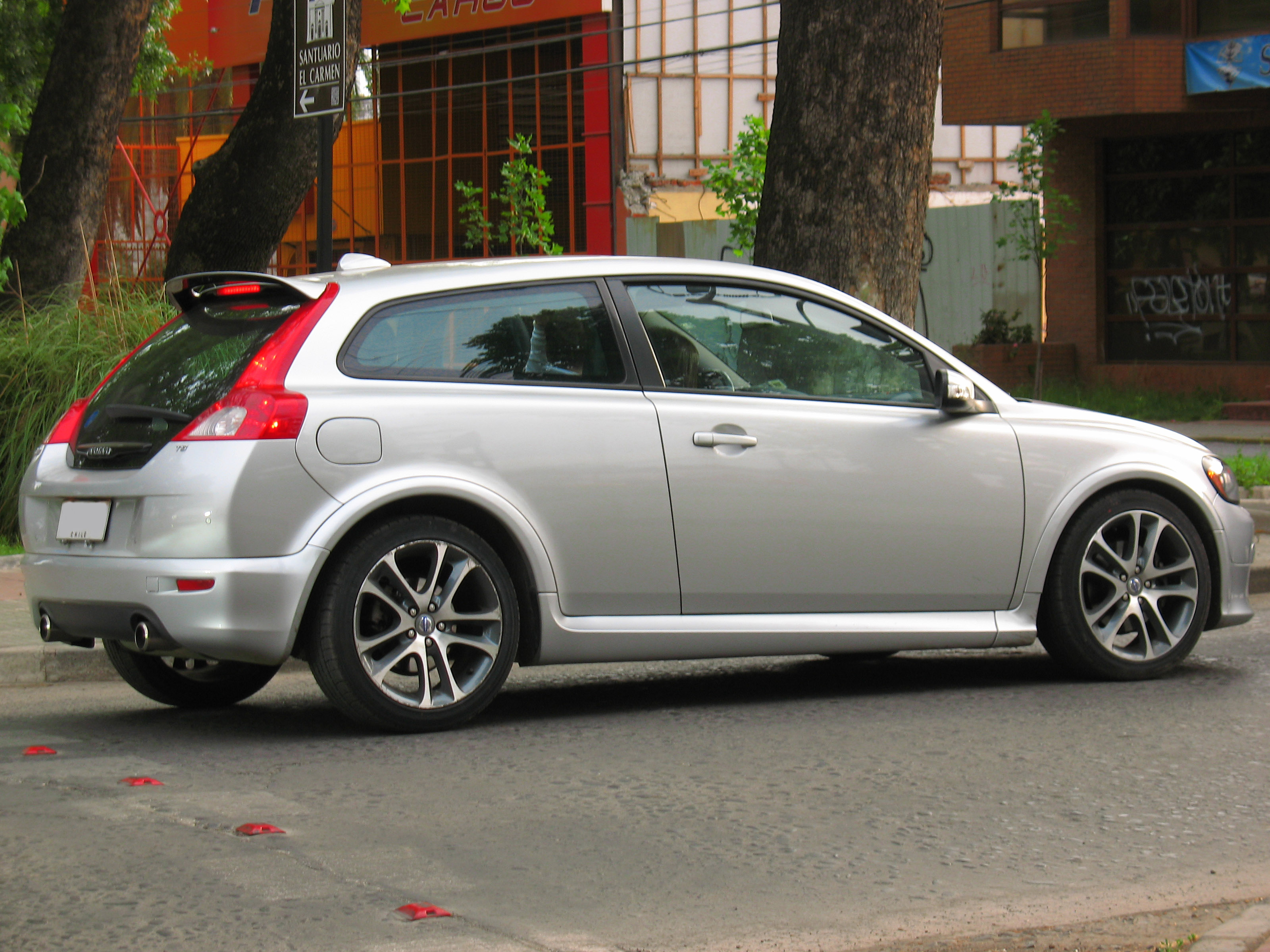 file volvo c30 t5 r design 2008 13932866792 jpg wikimedia commons. Black Bedroom Furniture Sets. Home Design Ideas