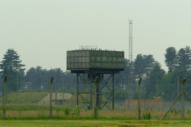 File:Water Tower at former USAF Bentwaters - geograph.org.uk - 61578.jpg