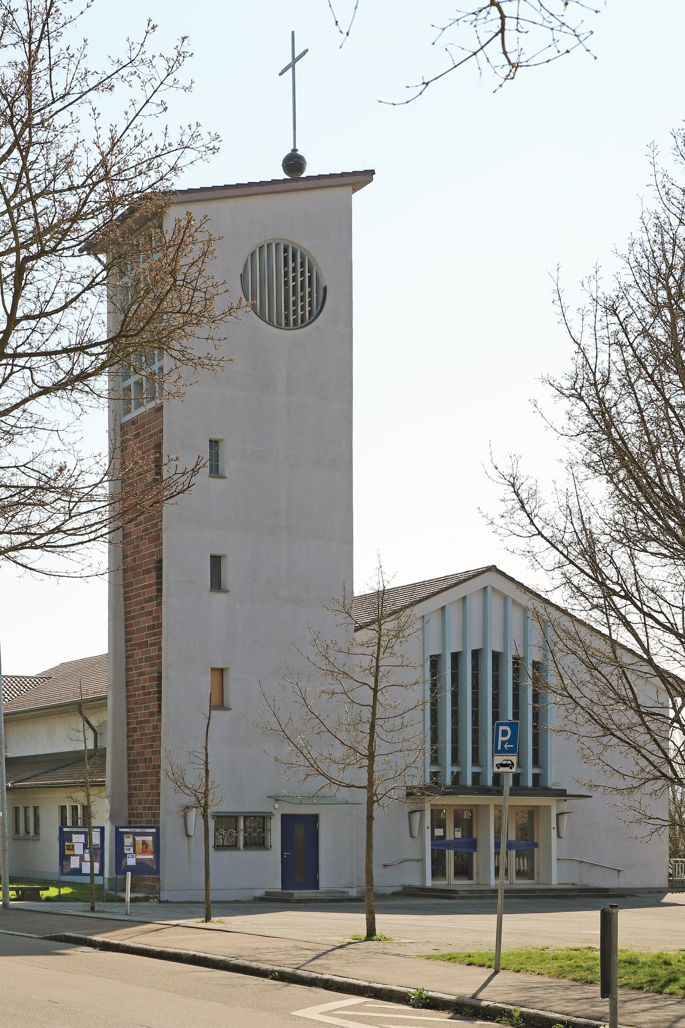 File:00 1220 Bruder Klaus Kirche in Göppingen, Jebenhausen