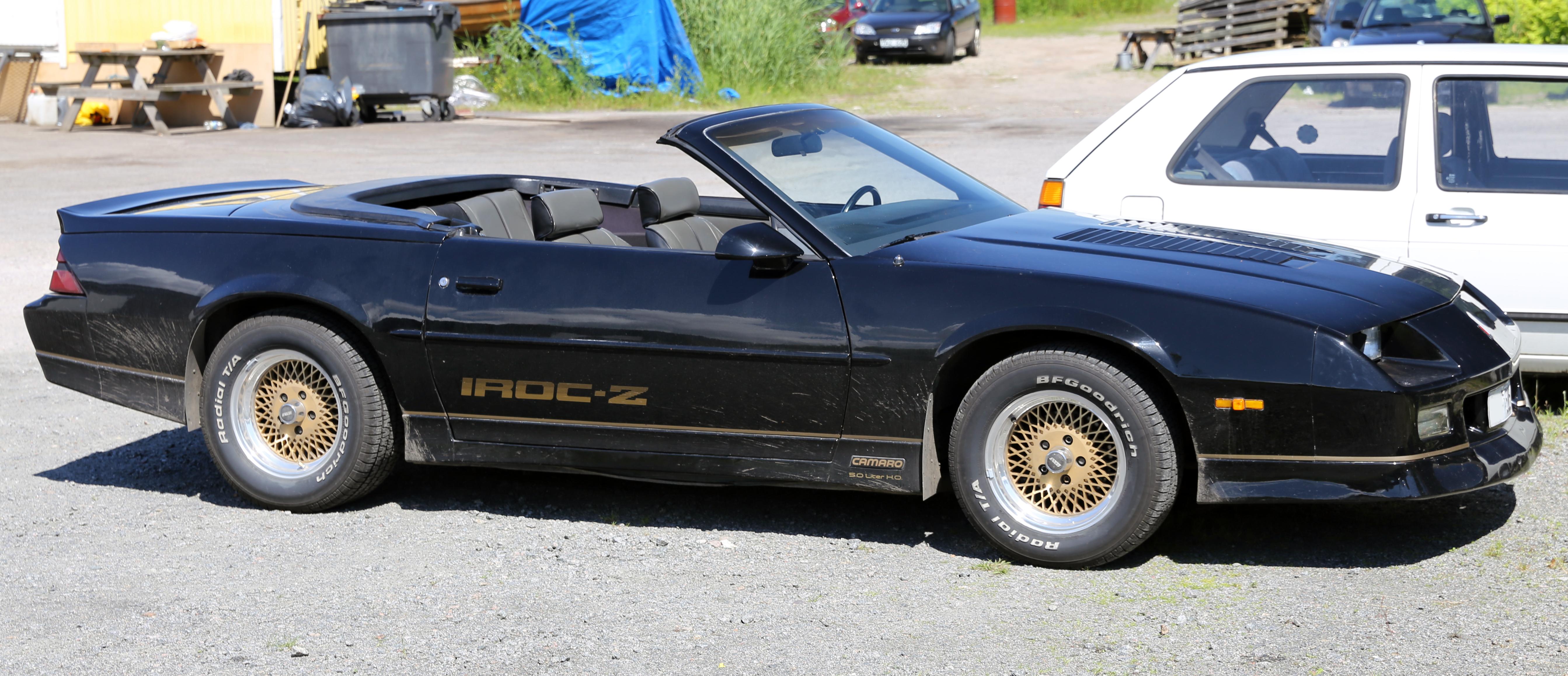 Iroc Z Wiki >> File:1988 Chevrolet Camaro IROC-Z convertible.jpg - Wikimedia Commons