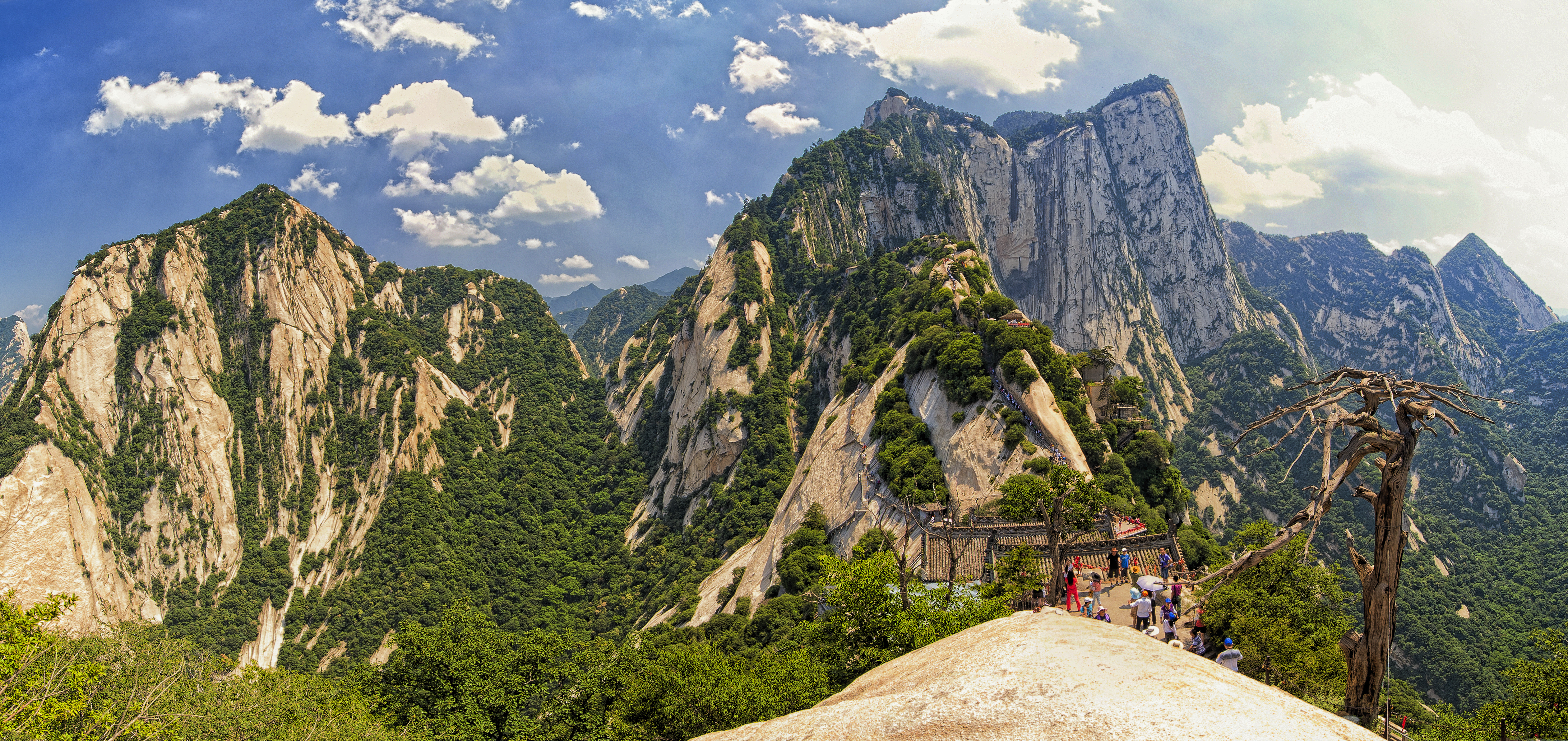 Shiyan China  city photo : 1 mount hua shan china 2011 Wikimedia Commons