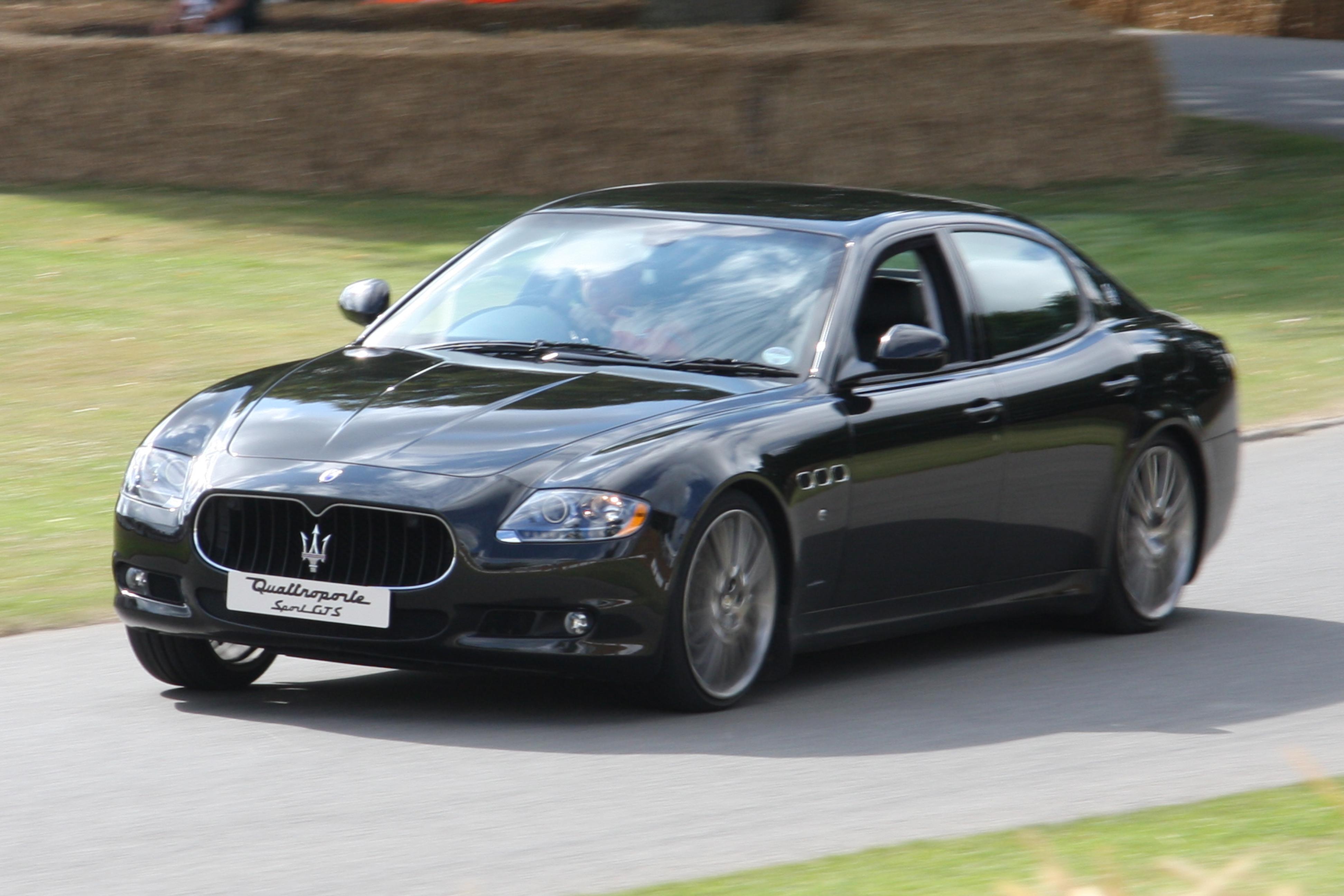File:2009 Maserati Quattroporte Sport GT S - Flickr - exfordy.jpg ...