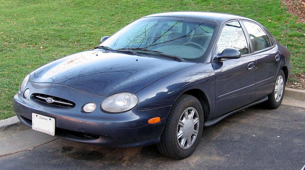 98-99_Ford_Taurus_Sedan.jpg