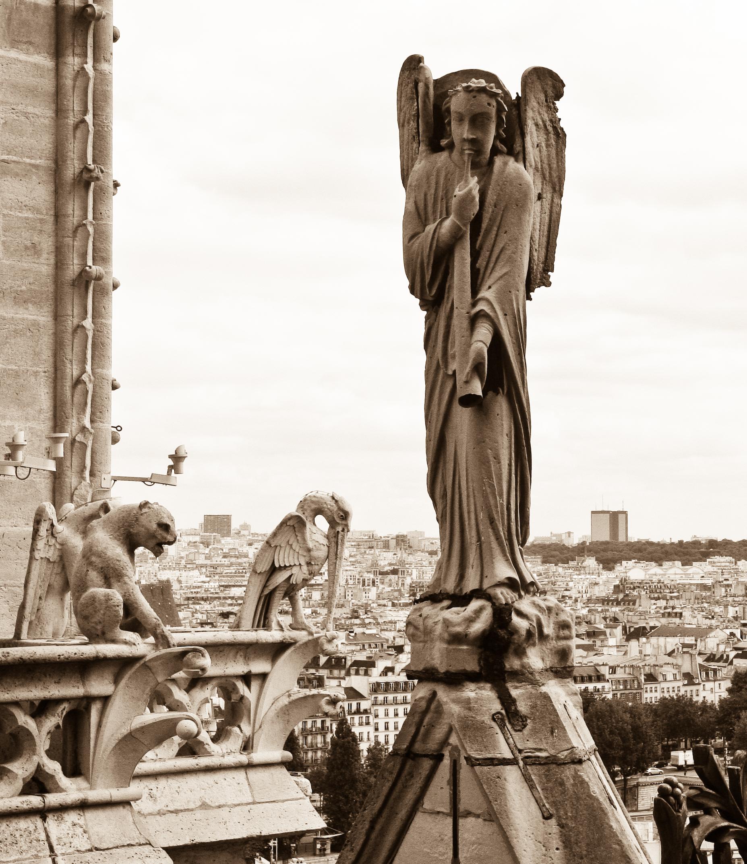 Resultado de imagen para angel of resurrection,Notre-Dame, París