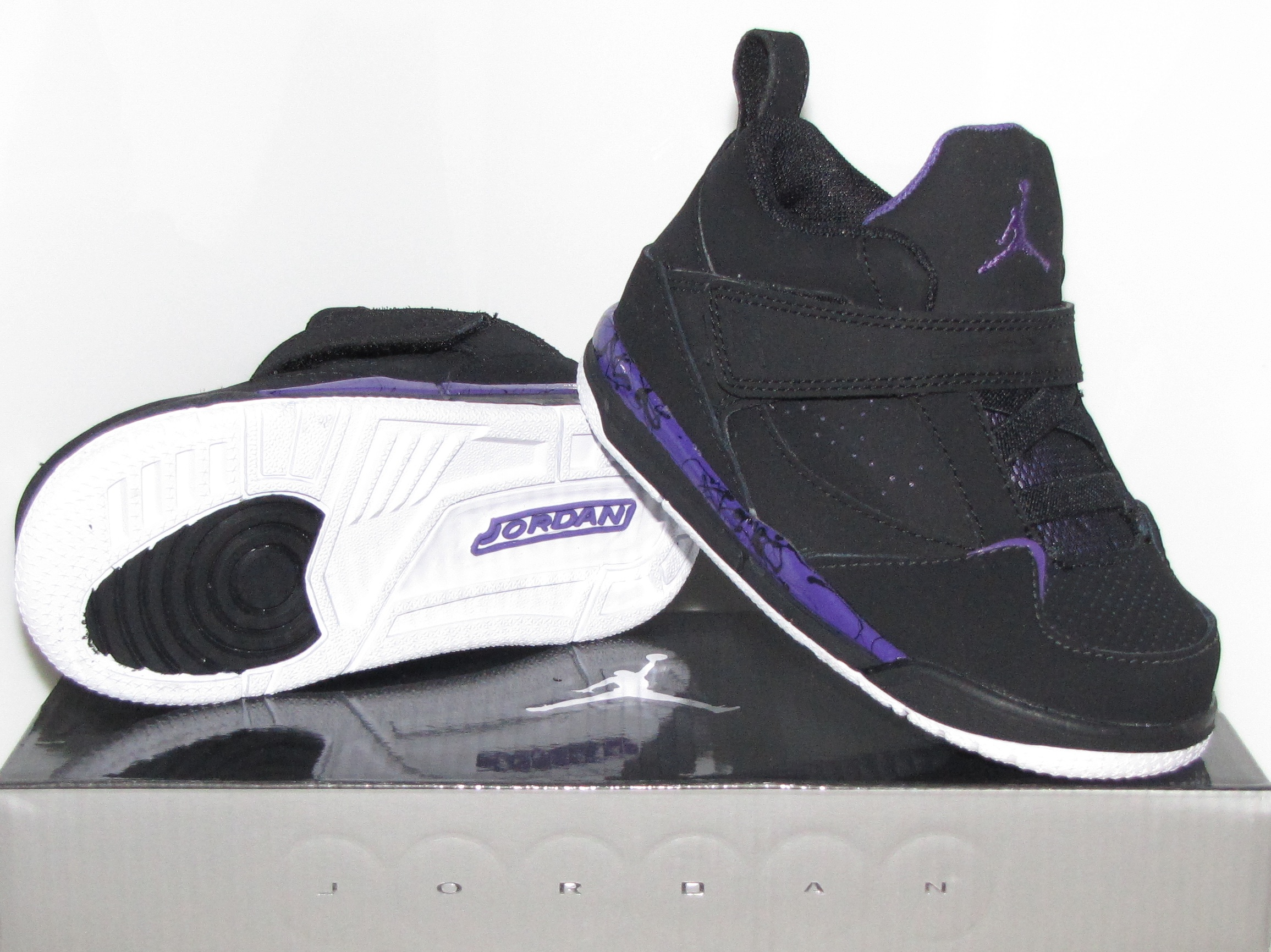 Official & Cheap Jordans For Sale On Our Website,Discount Up to 70%,Enjoy Free Shipping With Worldwide.