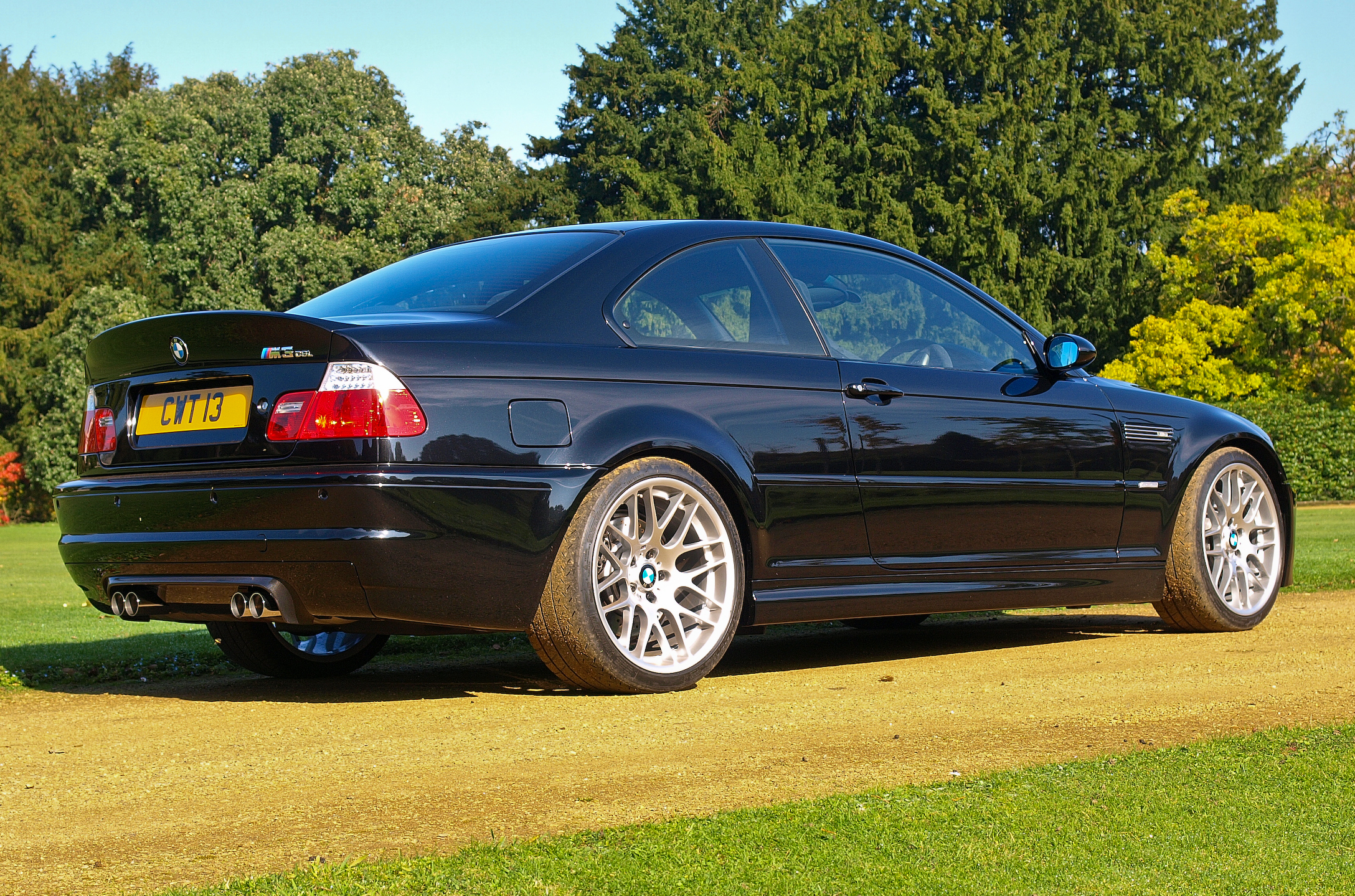 File:Black BMW M3 CSL E46 rr.jpg - Wikimedia Commons