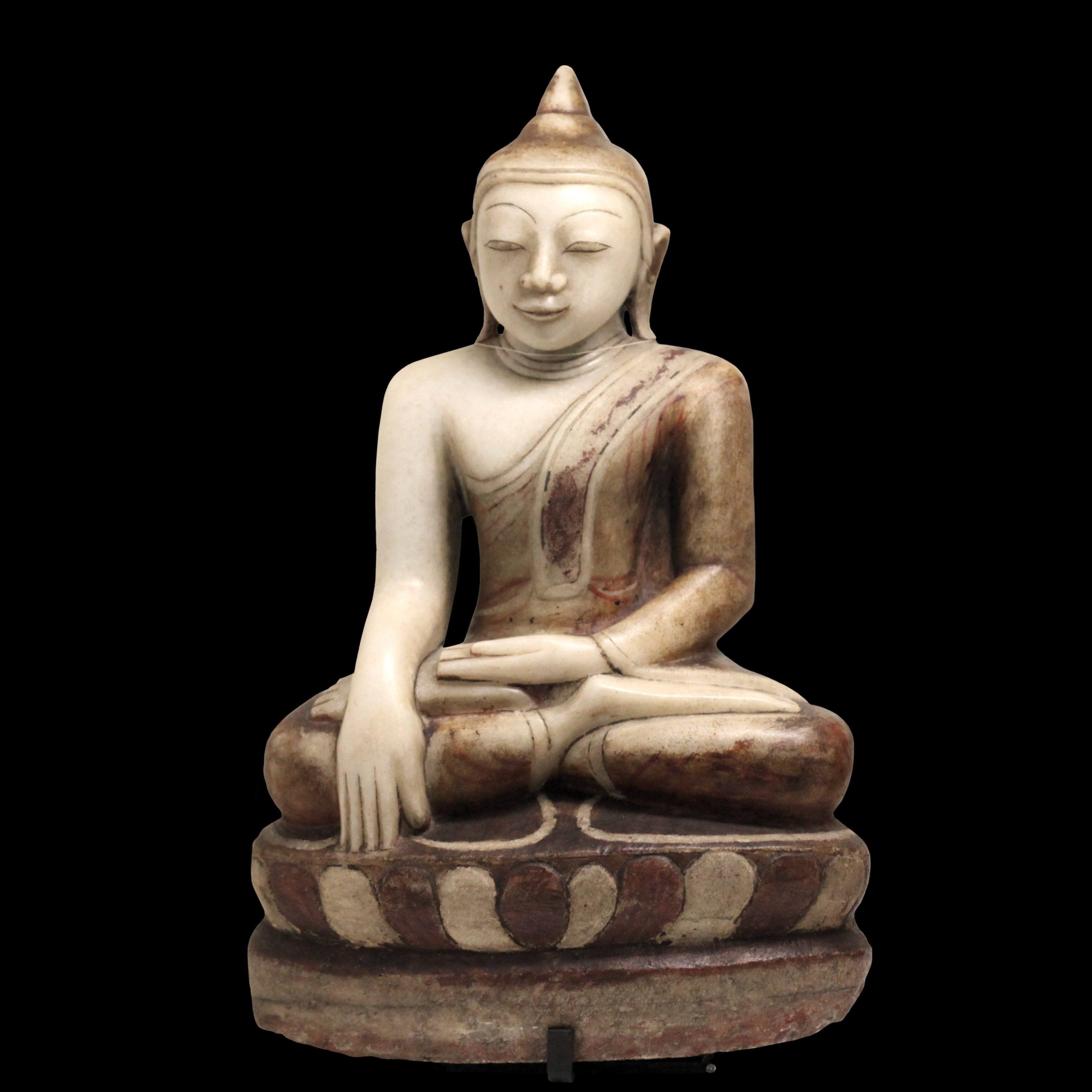 I Buddha oltre la sfera Buddha_sitting-MGR_Lyon-IMG_9878