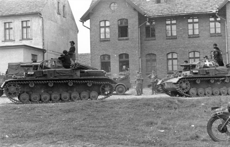 Panzer IVs in Poland