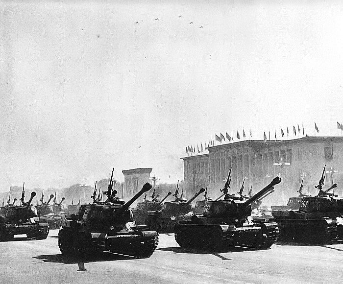 File:China 10th Anniversary Parade in Beijing 05.jpg