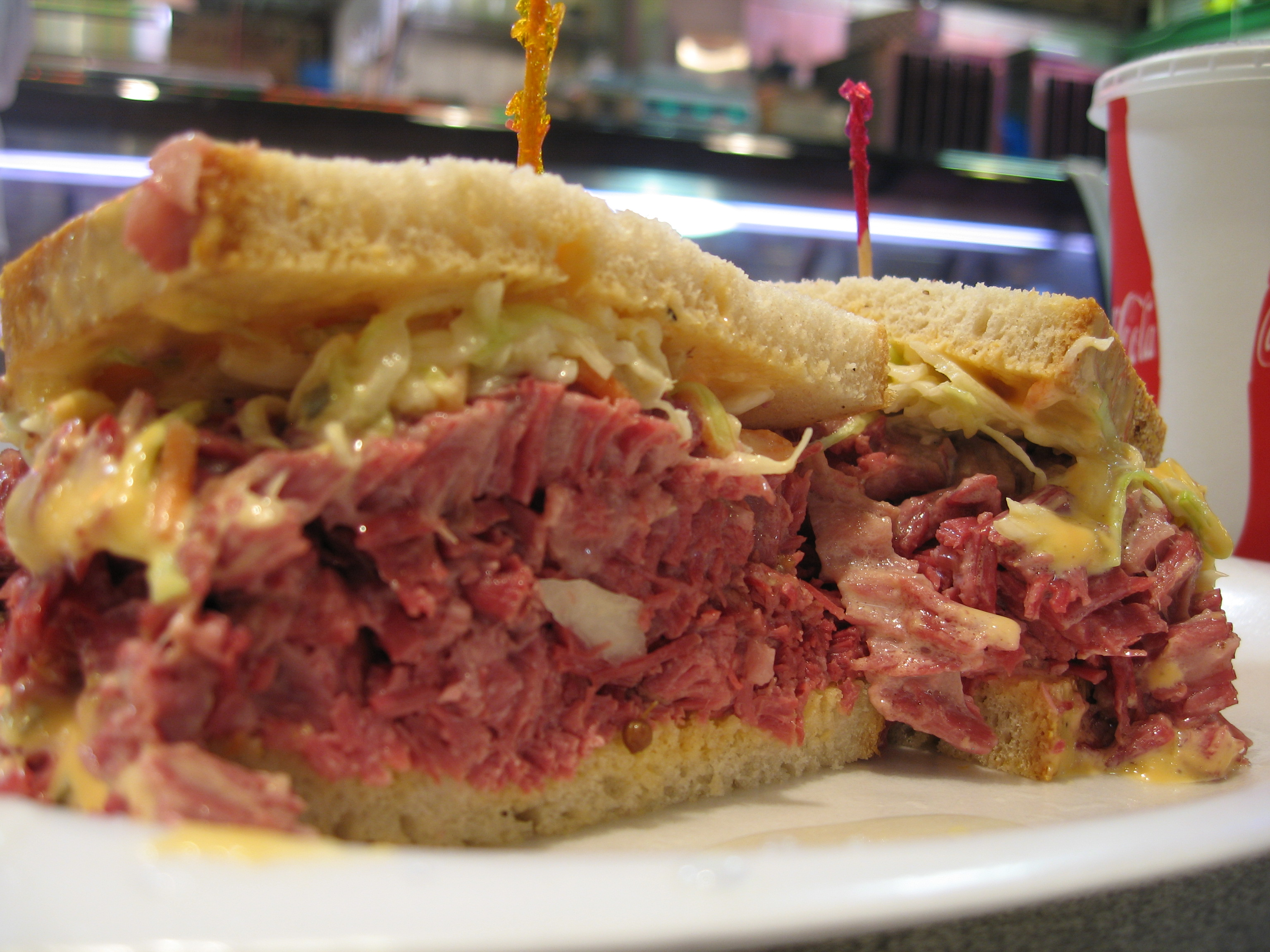 File:Corn beef Reuben sandwich.jpg - Wikipedia, the free encyclopedia