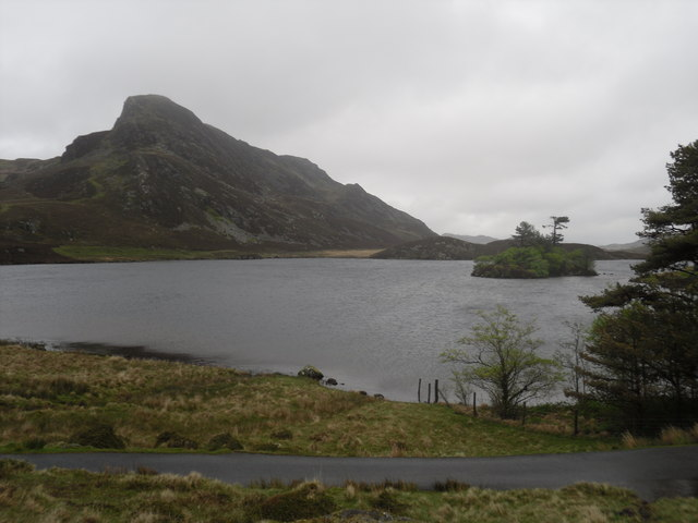 Cregennen Lakes (1) - geograph.org.uk - 1310539