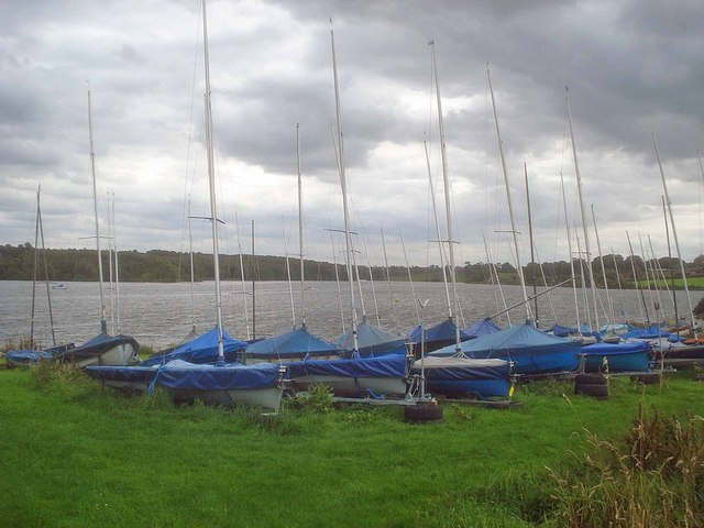 Dinghies parked at Staunton Harold Reservoir - geograph.org.uk - 1431498